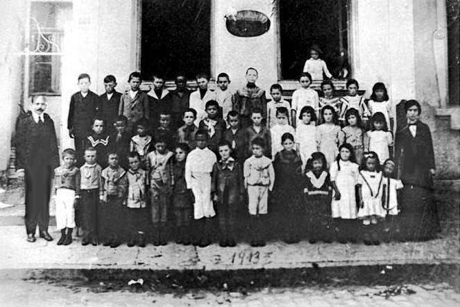 Escola.moderna.1.1913